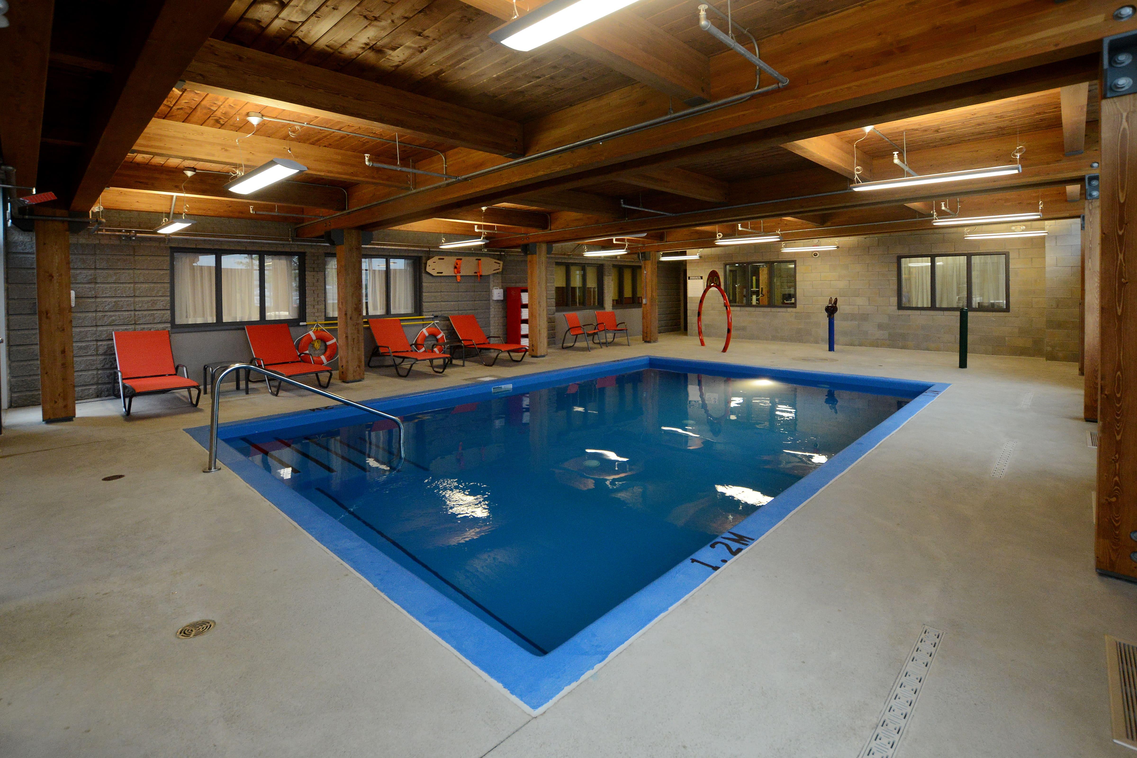 piscine salle de jeux hotel enfant quebec